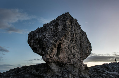 Massive boulder in the Bahamas deposited by a killer storm